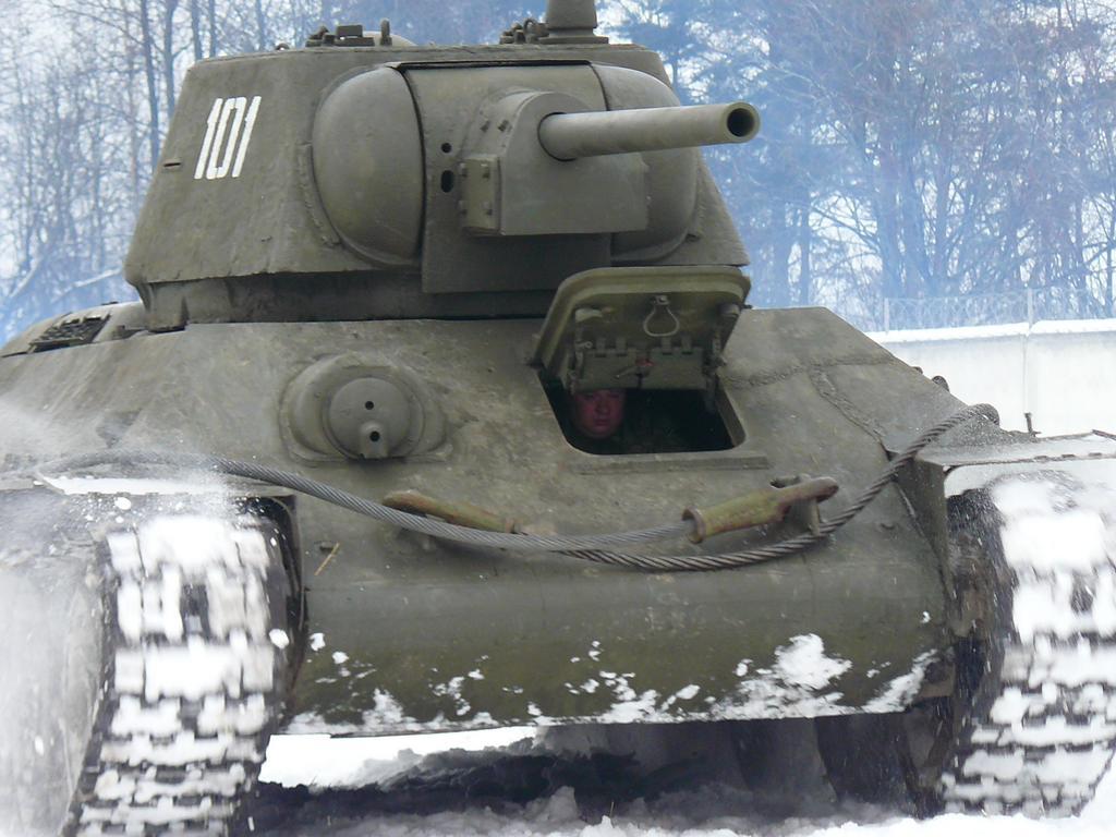 Праздничный Танковый рейд